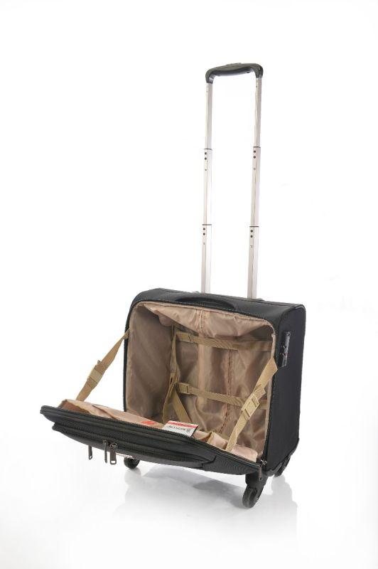 حقيبة كمبيوتر عربية ماجلان